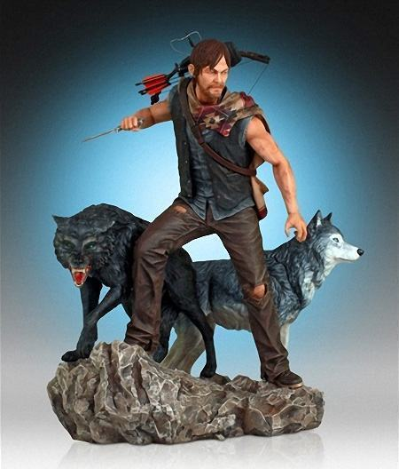 Daryl-and-the-Wolves-Statue-01