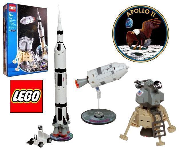 LEGO-Apollo-11-Saturn-V-Moon-Mission-01