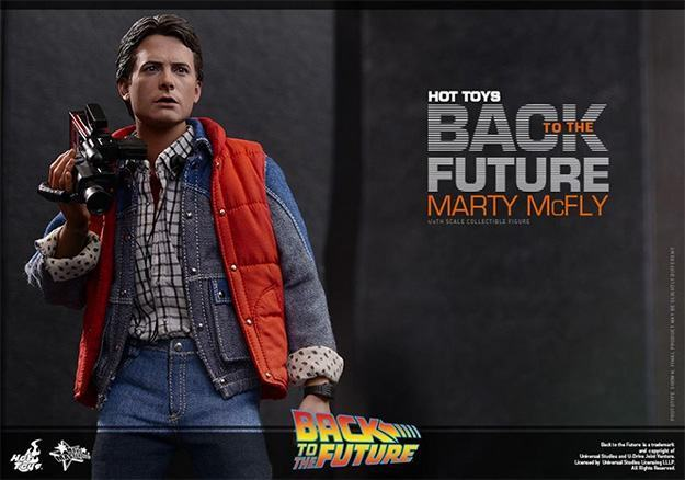Marty-McFly-Collectible-Figure-Hot-Toys-08