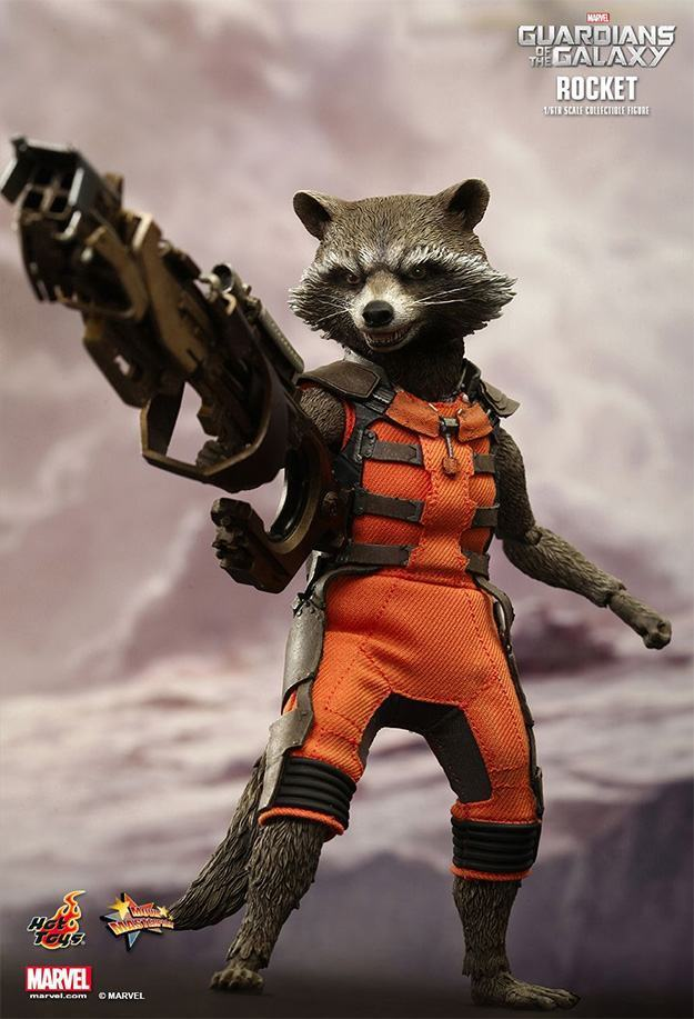 Rocket-e-Groot-Guardians-of-the-Galaxy-Collectible-Figures-07