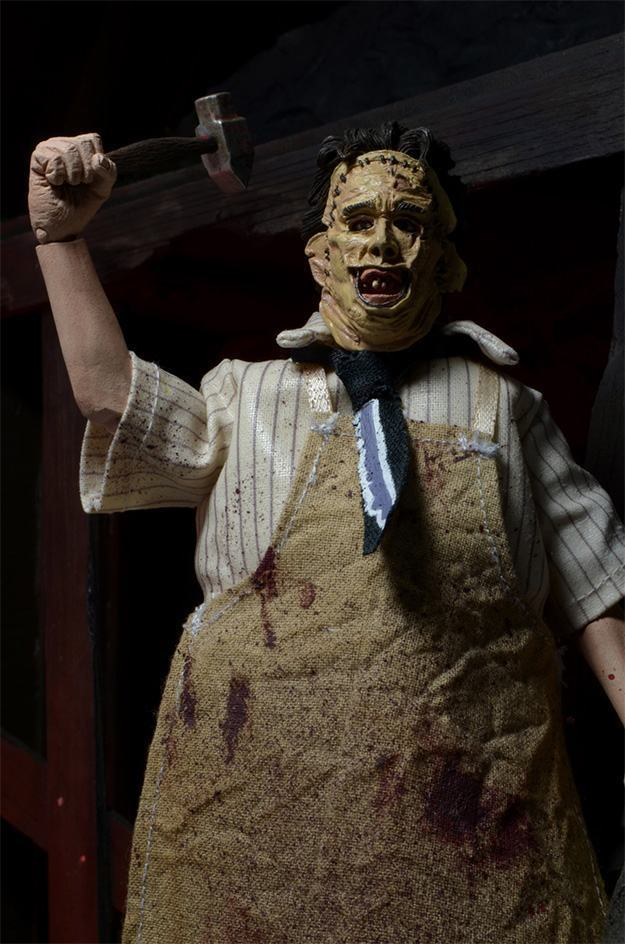 Texas-Chainsaw-Massacre-40th-Anniversary-Leatherface-03