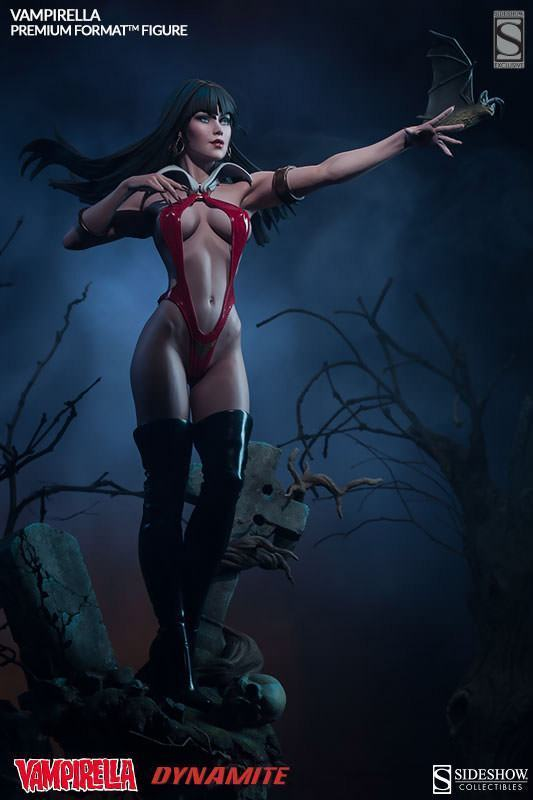 Vampirella-Premium-Format-Figure-01