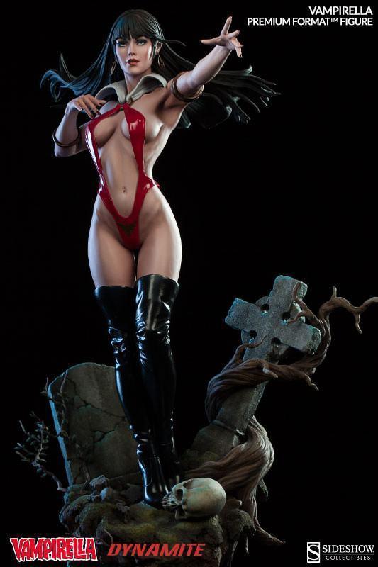 Vampirella-Premium-Format-Figure-11