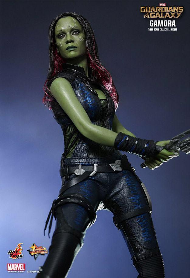 Gamora-Figure-MMS-Hot-Toys-04