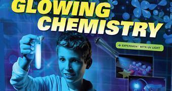 Kit Científico Glowing Chemistry – Química da Emissão de Luz