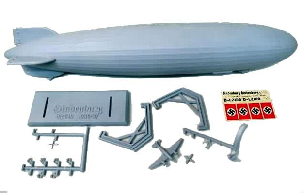 Hindenburg-Blimp-1-520-Scale-Model-Kit-06