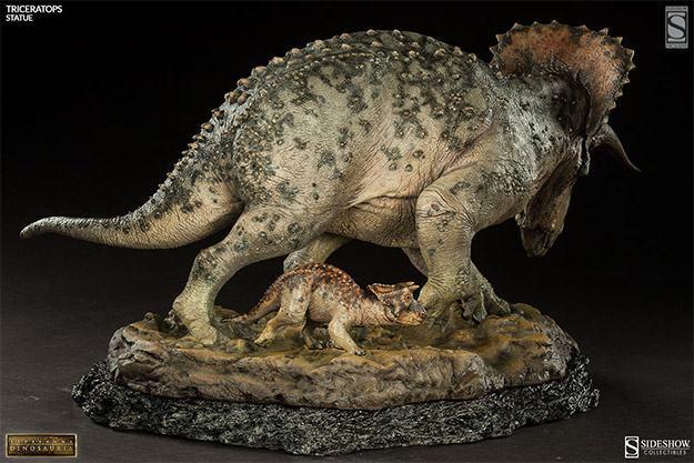 Triceratops-Dinosauria-Statue-06