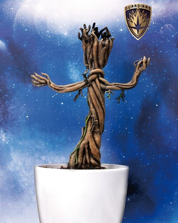 Baby-Groot-Marvel-Action-Hero-Vignette-03