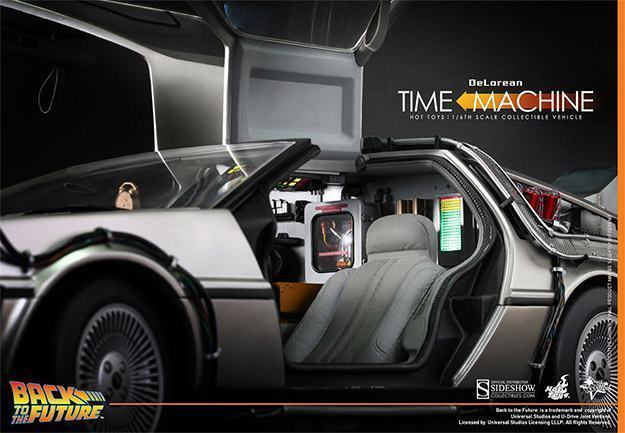 DeLorean-Time-Machine-Colletible-Vehicle-MMS260-Hot-Toys-05