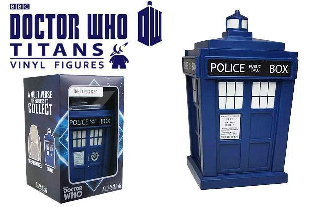 Doctor-Who-Titans-TARDIS-Vinyl-Figure-01