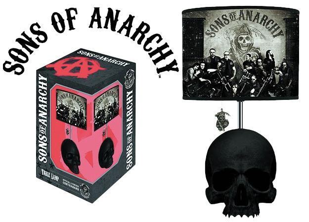 Luminaria-Sons-Of-Anarchy-Skull-Table-Lamp-01