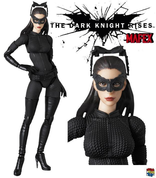 Selina-Kyle-MAFEX-Action-Figure-01