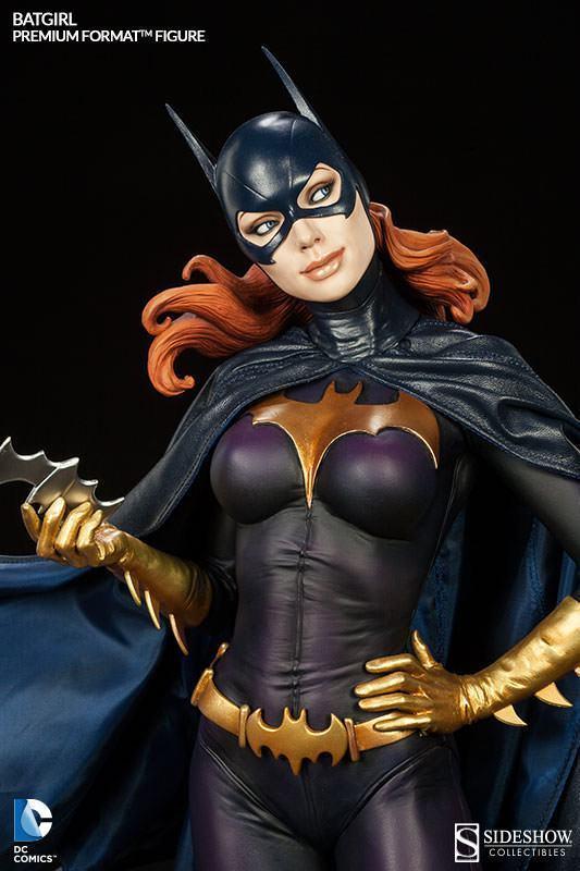 Batgirl-Premium-Format-Figure-02