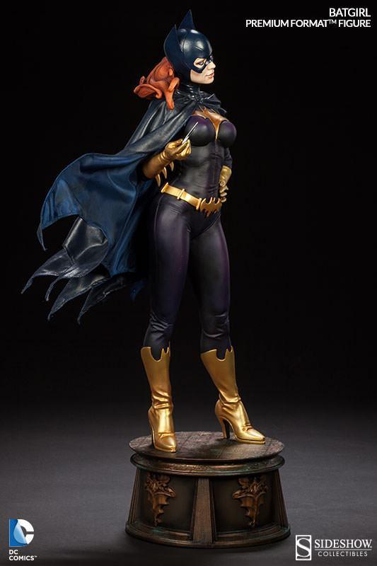 Batgirl-Premium-Format-Figure-05