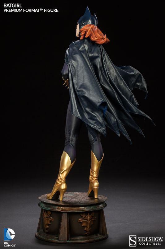 Batgirl-Premium-Format-Figure-07