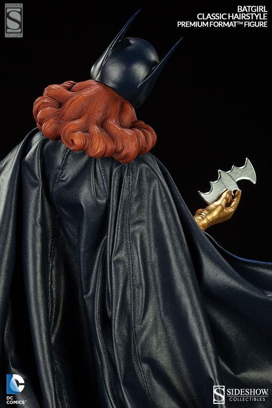 Batgirl-Premium-Format-Figure-10