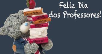 Feliz Dia dos Professores! Ursinho Professor com Livros e Maçã!