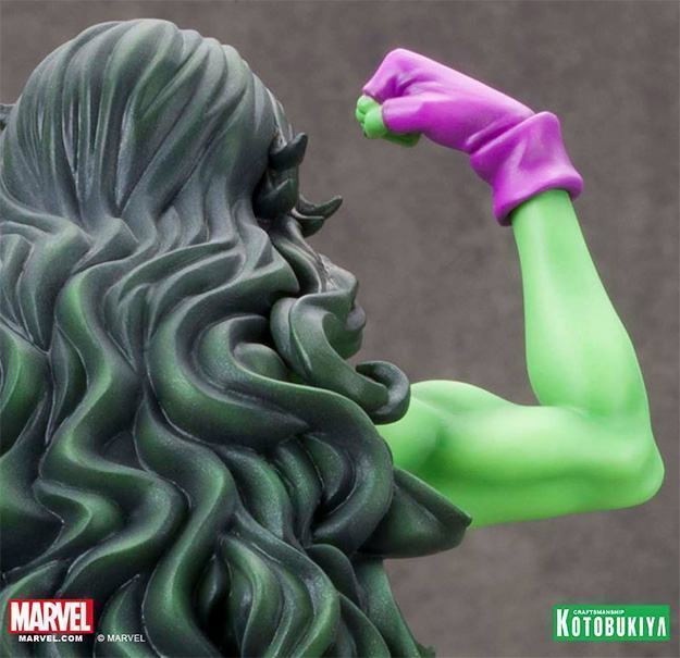 She-Hulk-Bishoujo-Statue-03