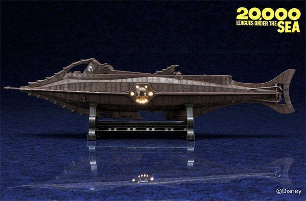 Twenty-Thousand-Leagues-Under-the-Sea-Nautilus-Diecast-Age-Series-02