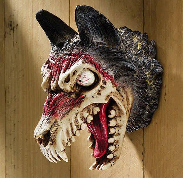 Werewolf-Zombie-Trophy-Trofeu-Lobisomem-01