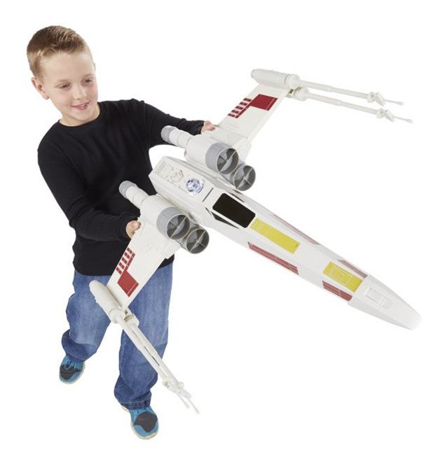 X-Wing-Fighter-Star-Wars-Hero-Series-Jumbo-Vehicle-02
