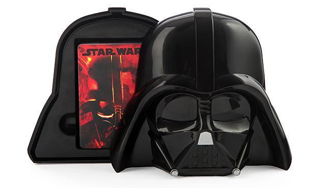 Baralho-Star-Wars-Darth-Vader-Playing-Cards-With-Helmet-Case-02