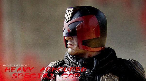 Judge-Dredd-Heavy-Armoured-Special-Cop-Action-Figure-03