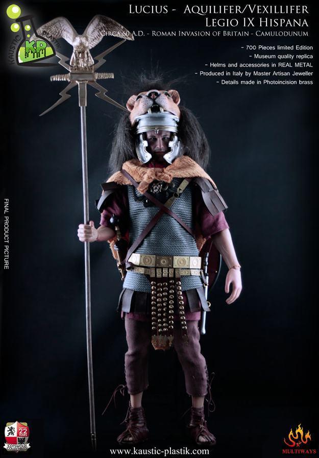 Lucius-Duccius-Rufinus-Action-Figure-Aquilifer-01