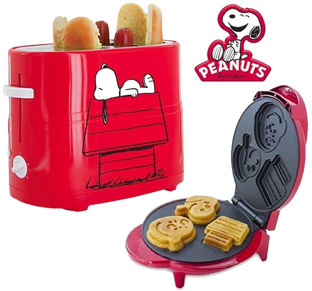 Peanuts-Snoopy-Hot-Dog-Toaster-e-Waffle-01