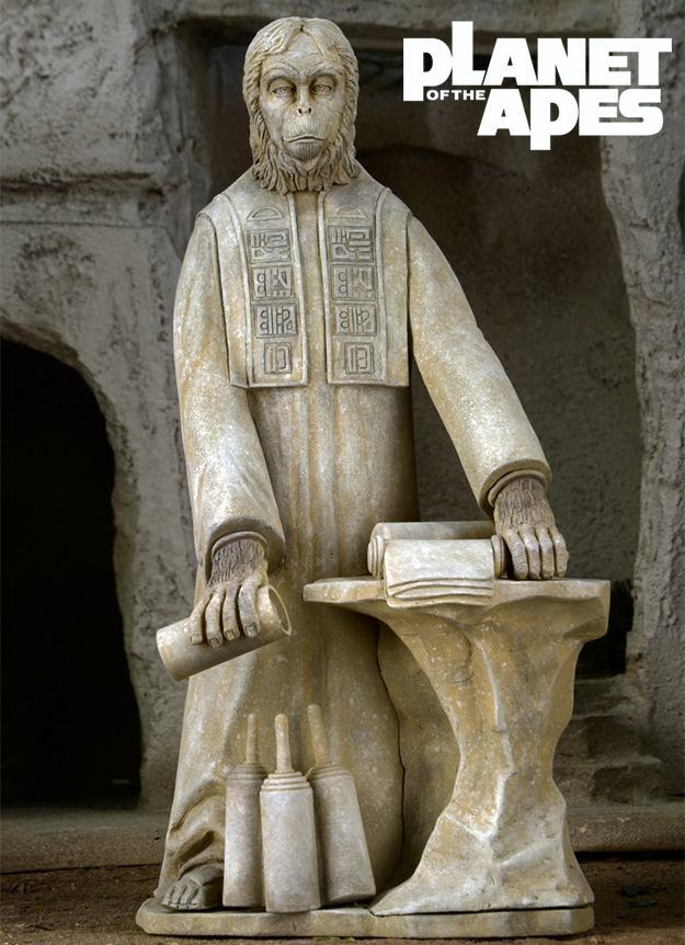 Planet-of-the-Apes-The-Lawgiver-Statue-02