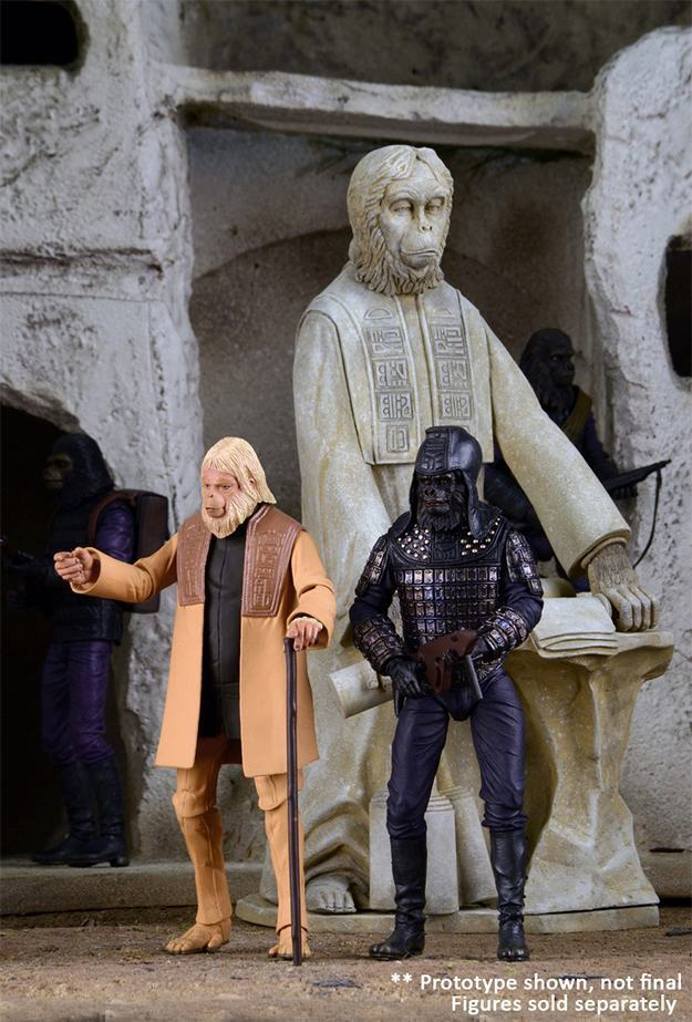 Planet-of-the-Apes-The-Lawgiver-Statue-04