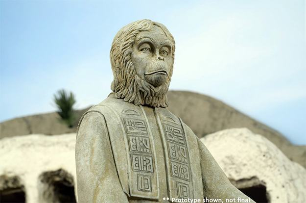 Planet-of-the-Apes-The-Lawgiver-Statue-05