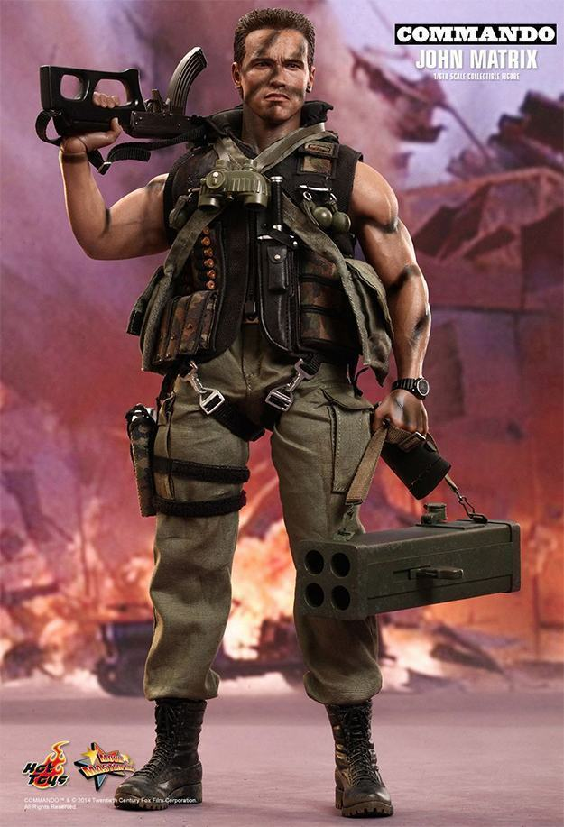 Commando-John-Matrix-Hot-Toys-Action-Figure-01