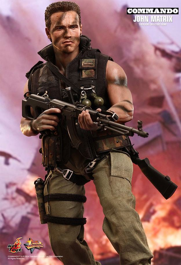 Commando-John-Matrix-Hot-Toys-Action-Figure-04