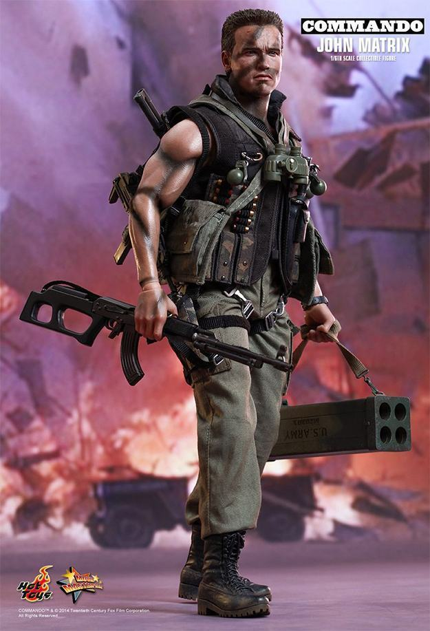 Commando-John-Matrix-Hot-Toys-Action-Figure-07
