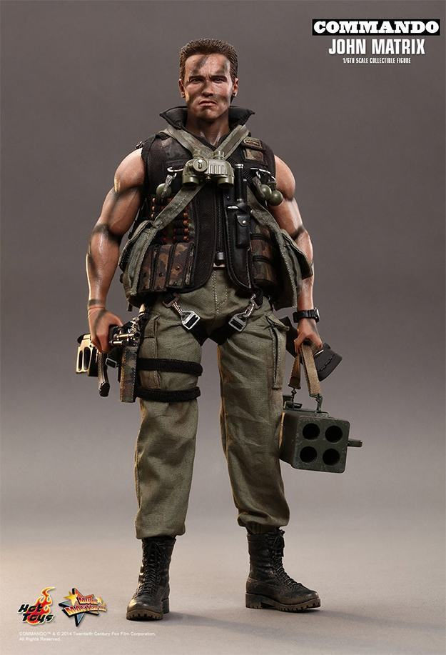 Commando-John-Matrix-Hot-Toys-Action-Figure-09