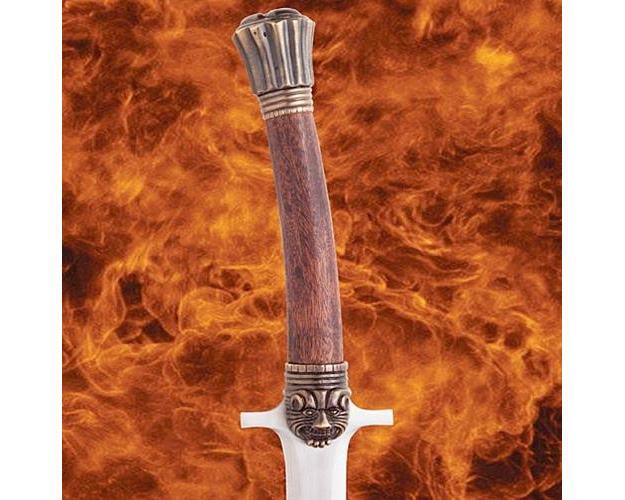 Espadas-Escudo-Conan-o-Barbaro-07