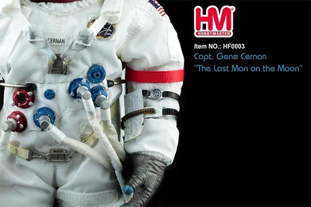 Gene-Cernan-Last-Man-On-the-Moon-Hobby-Master-Action-Figure-02