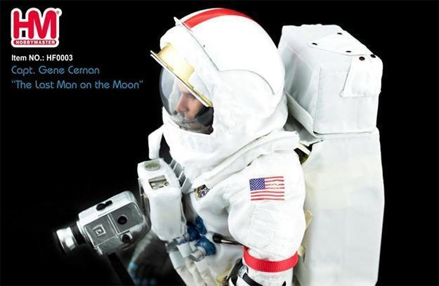 Gene-Cernan-Last-Man-On-the-Moon-Hobby-Master-Action-Figure-05