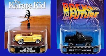 Carrinhos Hot Wheels Retro Series: Ford 48 Karate Kid e Toyota Pickup De Volta para o Futuro