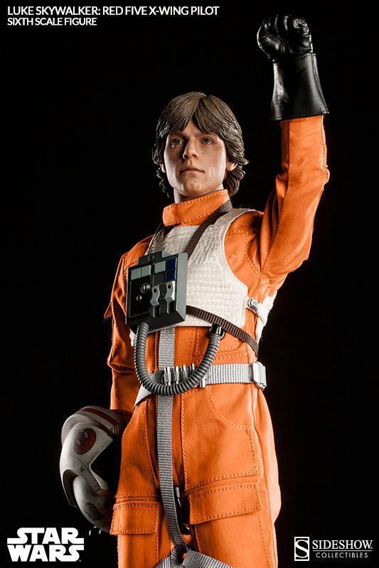 Luke-Skywalker-Red-Five-X-wing-Pilot-Sixth-Scale-Figure-05