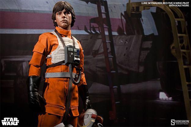Luke-Skywalker-Red-Five-X-wing-Pilot-Sixth-Scale-Figure-08