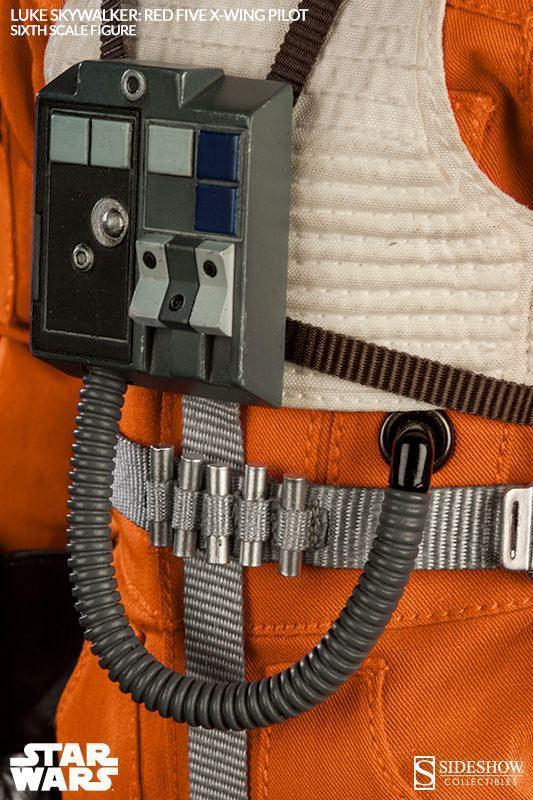 Luke-Skywalker-Red-Five-X-wing-Pilot-Sixth-Scale-Figure-10