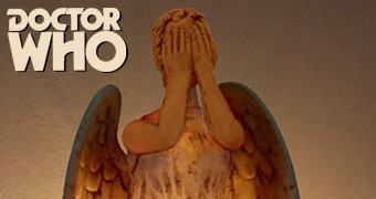 Luz Noturna Doctor Who: Weeping Angel Night Light (Anjos Lamentadores)