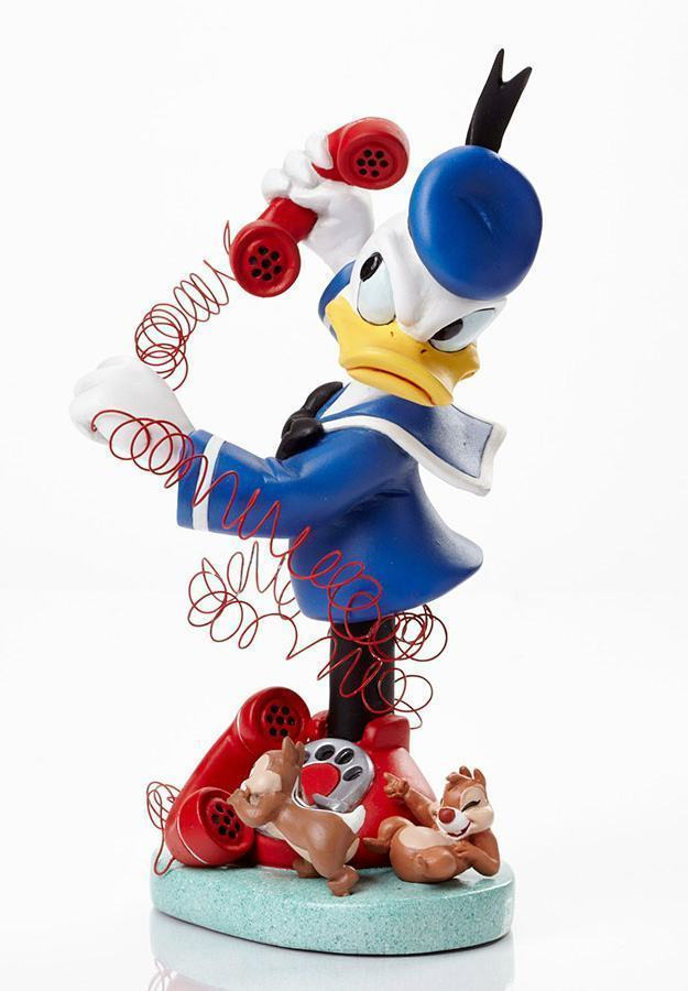 Donald-with-Chip-and-Dale-Grand-Jester-Bust-02