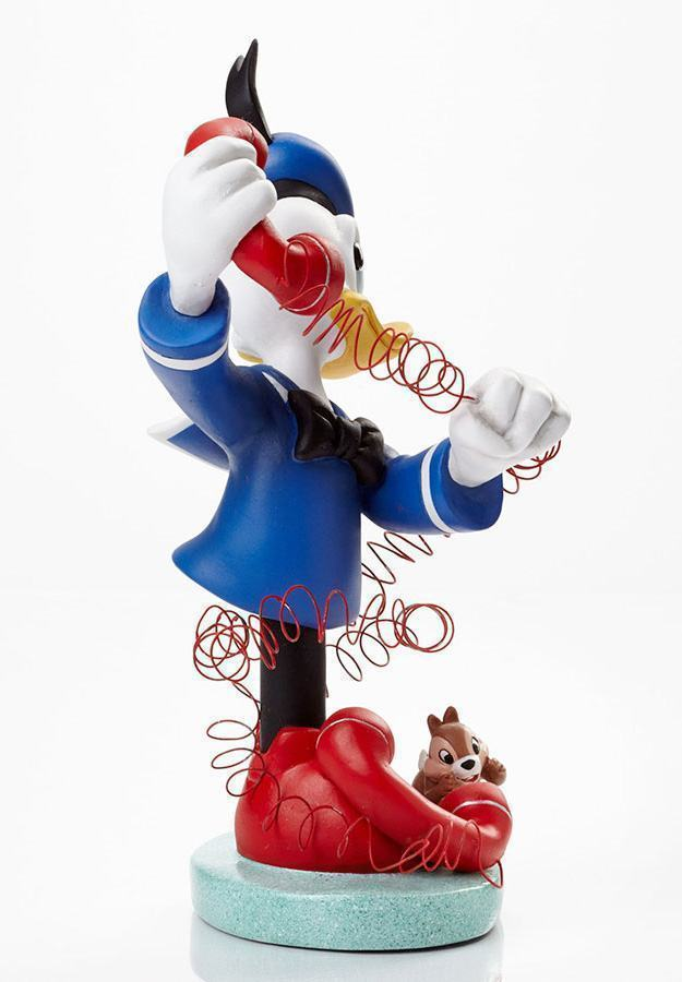 Donald-with-Chip-and-Dale-Grand-Jester-Bust-03