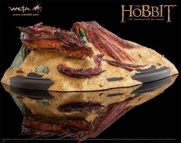 Hobbit-Smaug-King-Under-the-Mountain-Statue-01