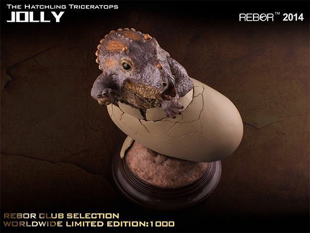 Jolly-The-Hatchling-Triceratops-Statue-03