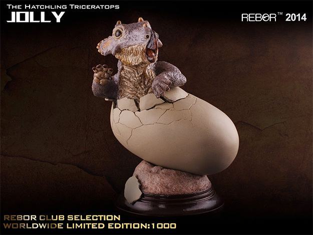 Jolly-The-Hatchling-Triceratops-Statue-04