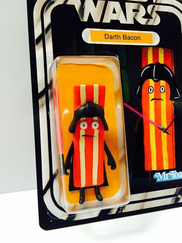 Toast-Wars-Darth-Bacon-Bootleg-Action-Figure-04